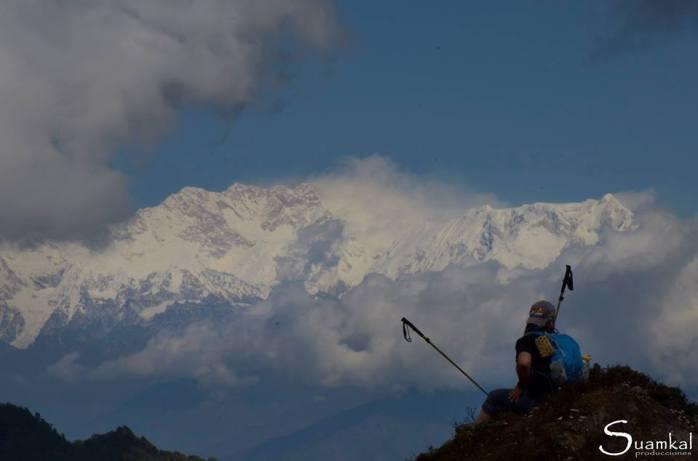 Kanchenjunga sullo sfondo